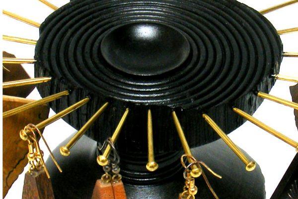 Wooden-Earring-Holder-Jewelry-Display-Jewelry-Stand-EARRING-B2-O-olive-RWP-F0038.jpg