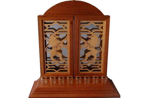 Lion and Stars Menorah - Wooden Hanukkiah - Oil Wick Menorah - MEN-LS-O-O