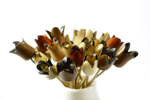 Wooden-Flower-Bouquet-Wood-Flowers-Home-Decor-FLOWERS-asst-O-many-RWL-MG_3528.jpg
